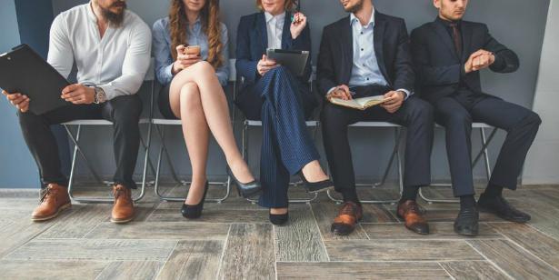 10 НЕПОДХОДЯЩИ ВЪПРОСА, ЗАДАВАНИ ОТ HR-И ПО ВРЕМЕ НА ИНТЕРВЮ