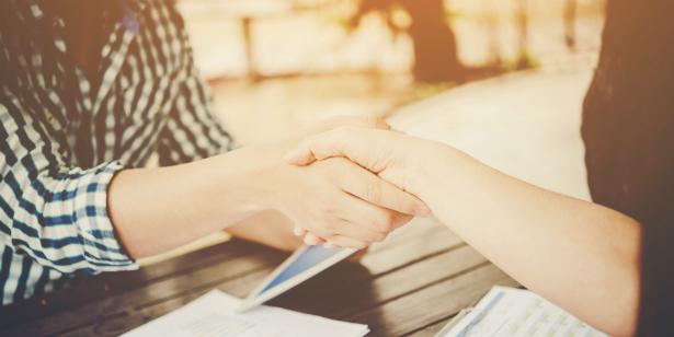 Как да проведем ефективно интервю за работa