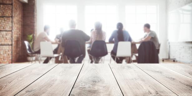 Защо работодателите предпочитат лизинг на персонал пред директно наемане